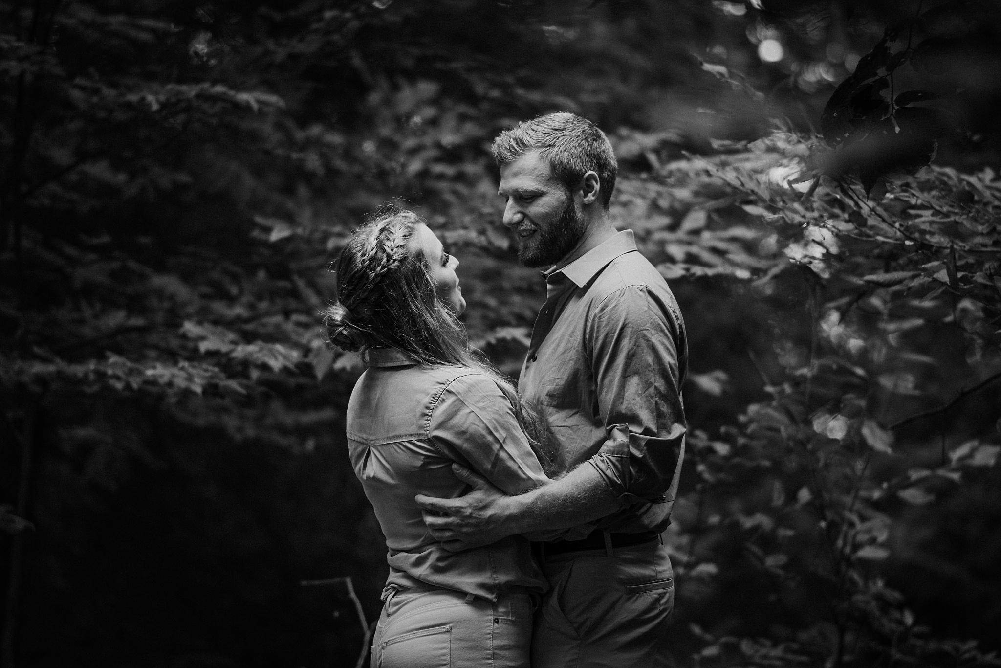 Northern-Michigan-Photographer,Northern-Michigan-Photographer-Sunset-Engagement-Photo-Shoot-Old-Mission-Peninsula-Lighthouse-Traverse-City-Michigan-Northern-MI-Wedding-Photography,